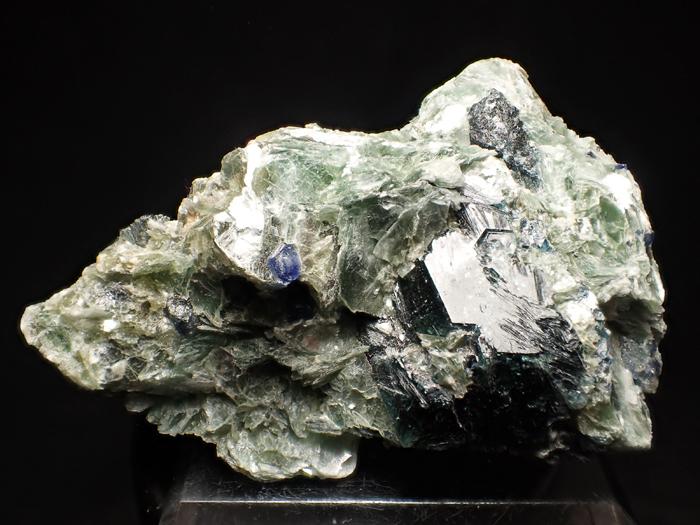 アフガニスタン産ドラバイト−ウバイト&サファイア (Dravite-Uvite & Sapphire / Afghanistan)-photo0