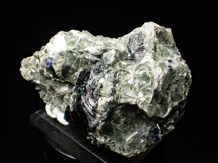 アフガニスタン産ドラバイト−ウバイト&サファイア (Dravite-Uvite & Sapphire / Afghanistan)-photo1