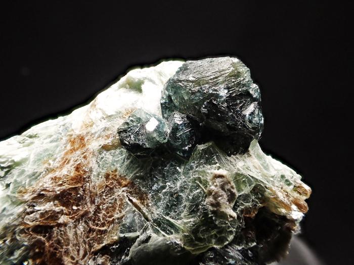 アフガニスタン産ドラバイト−ウバイト&サファイア (Dravite-Uvite & Sapphire / Afghanistan)-photo9