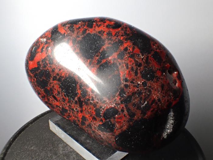 北海道白滝産 黒曜石 (Obsidian / Japan)-photo1