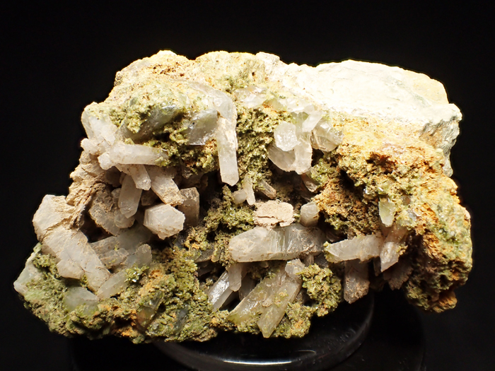 兵庫県明延鉱山産 水晶&緑簾石 (Quartz & Epidote / Japan)-photo0