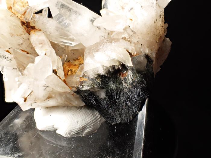 大分県尾平鉱山産 水晶&苦土フォイト電気石 (Quartz & Magnesiofoitite / Japan)-photo12