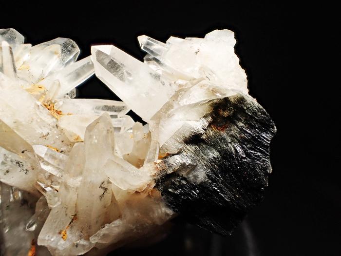 大分県尾平鉱山産 水晶&苦土フォイト電気石 (Quartz & Magnesiofoitite / Japan)-photo17