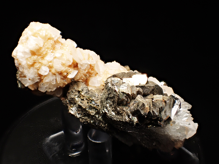 コソボ産パイライト、アーセノパイライト&シデライト (Pyrite, Arsenopyrite & Siderite / Kosovo)-photo4