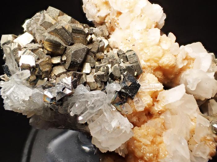 コソボ産パイライト、アーセノパイライト&シデライト (Pyrite, Arsenopyrite & Siderite / Kosovo)-photo11