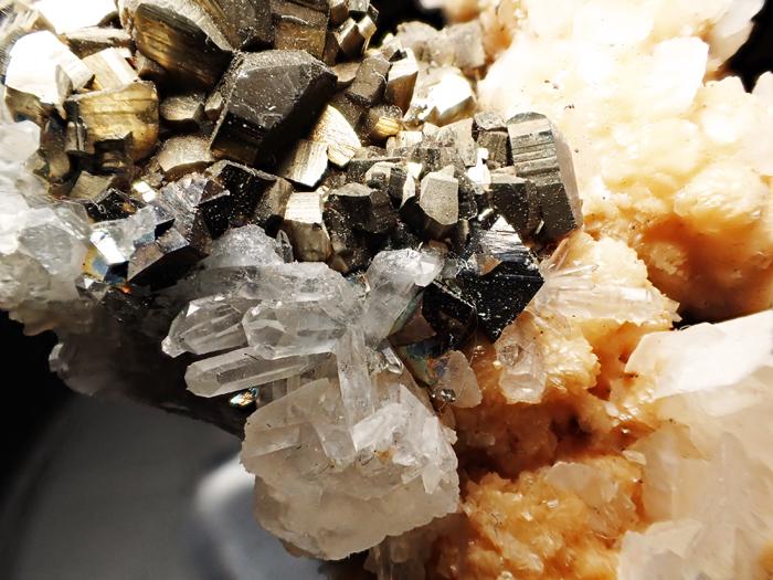 コソボ産パイライト、アーセノパイライト&シデライト (Pyrite, Arsenopyrite & Siderite / Kosovo)-photo12