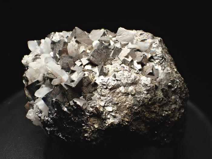 コソボ産アーセノパイライト、キャルコパイライト&クォーツ (Arsenopyrite, Chalcopyrite & Quartz / Kosovo)-photo2