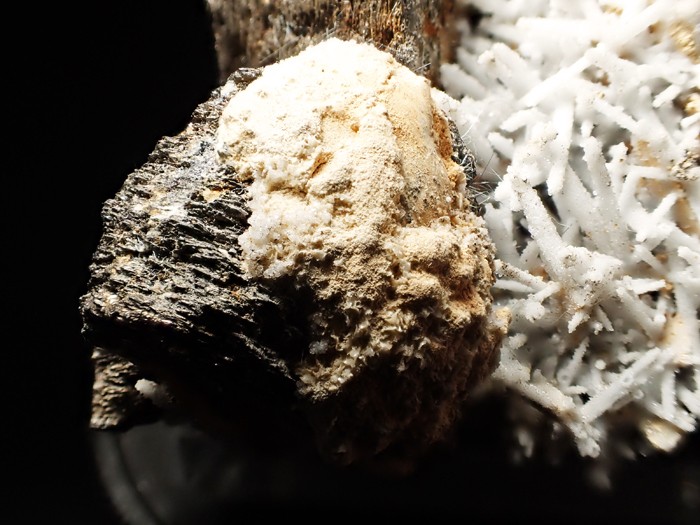 ロシア産クォーツ、ピロータイト&ブーランジェライト (Quartz, Pyrrhotite & Boulangerite / Russia)-photo31