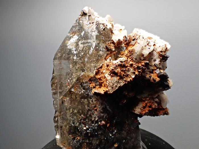 マラウイ産スモーキークォーツ、リーベカイト&シデライト仮晶 (Smoky Quartz, Riebeckite & Goethite after Siderite / Malawi)-photo18