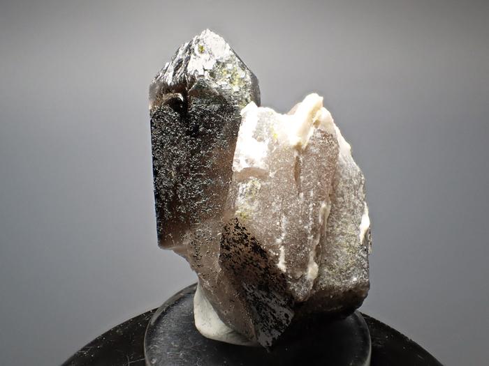 ポーランド産スモーキークォーツ、ベイブナイト&スチェゴマイト (Smoky Quartz, Bavenite & Strzegomite / Poland)-photo3