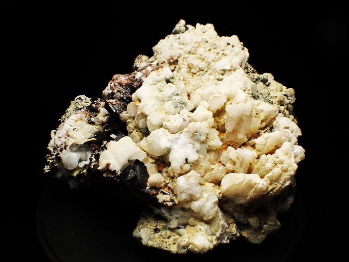ザギマウンテン産ベスビアナイト (Vesuvianite / Zagi Mountain)-photo1