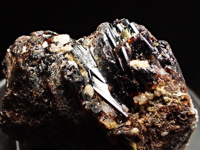 ザギマウンテン産ベスビアナイト (Vesuvianite / Zagi Mountain)-photo16